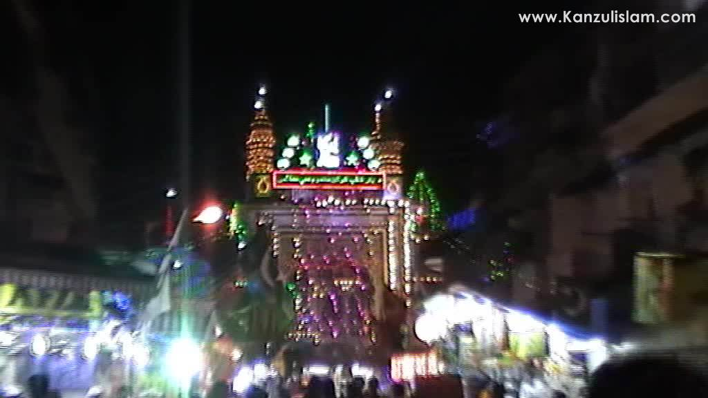 Rabi Ul Awwal 2015 Decoration of Makhdoom Shah Baba (Mahim) (4)